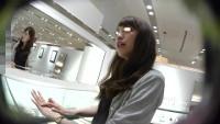 店員撮り15!鏡(瞳)に写る君が好き。指輪の店員さん。僕のペニスサイズを測って頂戴。