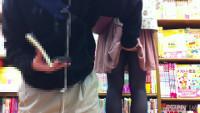 【フルHD】靴カメ君が行くPart25【スカートめくり】