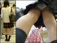 【高画質】制服娘逆さ撮りNo10