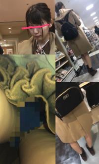 【スマホで逆さ撮り30】販売者イチオシ!清楚系美少女 買い物中に警戒心が抜けスカート内を撮られる【素人盗撮】