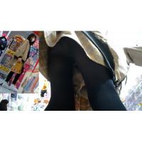 【Upskirting Girls -Quadruple- 12】 ロリs 黒ストッキング 白パン