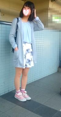 (美少女Kちゃん)私服全身撮りスカートめくりシリーズ119