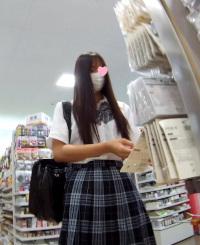 美少女JK様と変態男編 禁断の逆さ撮りシーズン5 指定便1